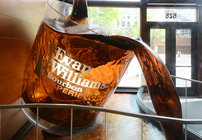 What Makes Louisville Great - Sipping Bourbon