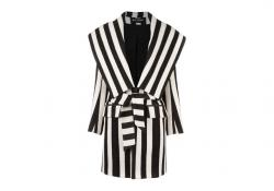 Outfit of the Week: Earn Your Stripes